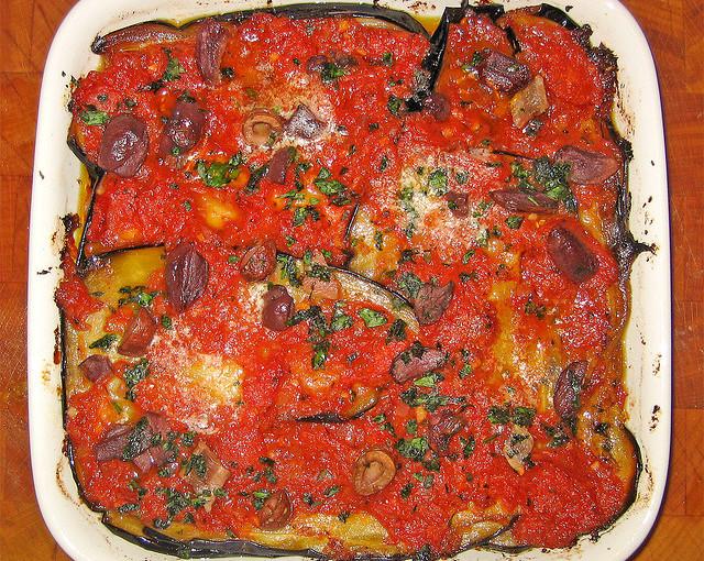 Dania kuchni włoskiej i także polskie mięso sezonowane